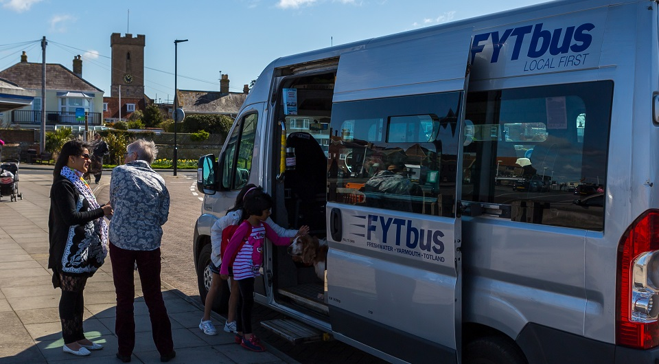 fyt-bus-isle-of-wight
